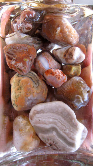 Kozakov-jar-of-agates-big