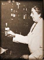 Agata u dispanzeru gde je radila kao devojka  (slikano posle 30 godina)