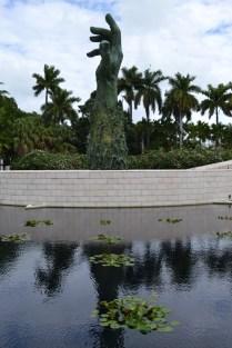 holocaust memorial miami beach botanical garden