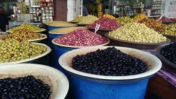 Souk aux olives