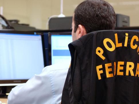 Thumb-policiafederal