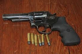 Thumb revolver