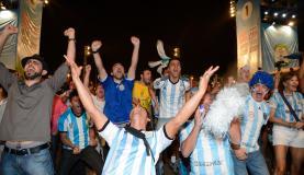 922830-argentinos comemoram classificacao vac6246