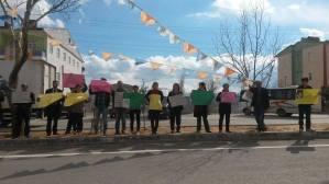 """Nurhak LÖB'den """"Oturan Genç""""le dayanışma eylemi"""