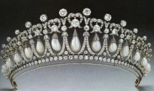 antique-tiara-3