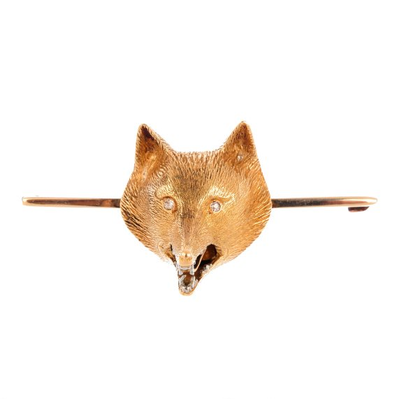An early 20th century 15ct gold fox head brooch.