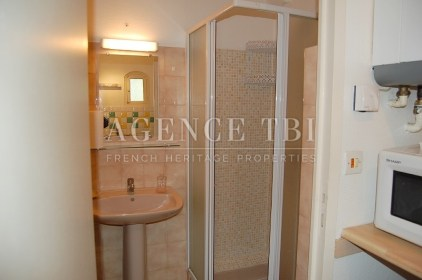 023 APPARTEMENT F2