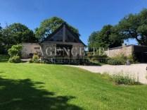 839-TBI Longère en pierre rénovée sur parc paysager Vannes