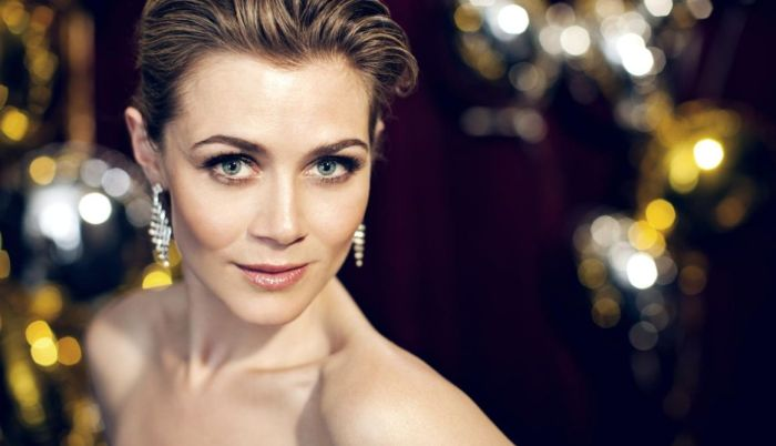 Skuespilleren Sofie Lassen Kahlke skal sælge den danske model for FOA