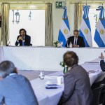 El Presidente Fernández analizó junto a expertos los próximos pasos frente a la pandemia