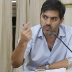 """Carlos Bianco tras el acuerdo y postergación del desalojo en Guernica: """"seguimos trabajando para que sea pacífico"""""""