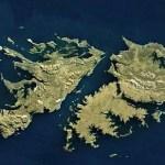"""Islas Malvinas, iniciativa del senador bonaerense Luis Vivona: """"es Ley la declaración del Bicentenario de la toma de posesión Argentina"""