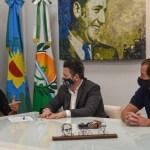 Gustavo Menéndez en el Día de la Lealtad Peronista anunció para los trabajadores municipales de Merlo una recomposición salarial del 30%