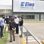"""Leo Nardini visitó la planta de Laboratorio Elea: """"el objetivo es crear lazos para el bien común, fortalecer la industria y proteger el trabajo"""""""
