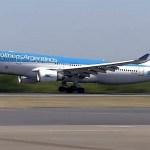 Vuela hacia Moscú el tercer vuelo de Aerolíneas Argentinas que traerá al país más vacunas Sputnik V