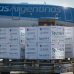 En puente aéreo a Moscú parte el undécimo vuelo de Aerolíneas Argentinas para traer más vacunas Sputnik V
