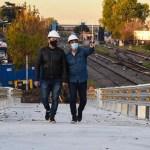 Menéndez y Marinucci supervisaron la obra del puente de Estación San Antonio de Padua que unirá sur y norte evitando que la barrera colapse