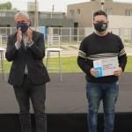 """Gustavo Menéndez junto al ministro Ferraresi entregaron en Merlo viviendas y créditos para construcción """"Casa Propia"""""""