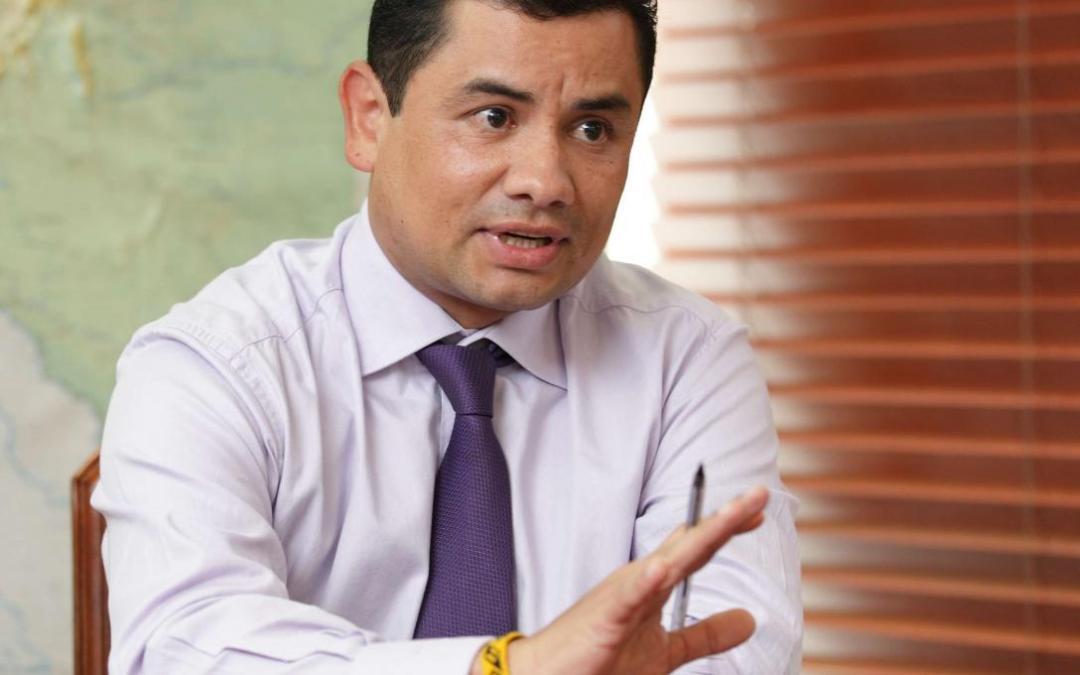 El gobierno nacional cuestionó al senador Gustavo Petro y lo llamó asesino