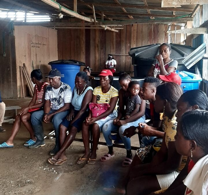 Por enfrentamientos entre grupos armados 98 familias de la vereda El Coral se desplazan