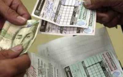 Corte falla a favor de vendedora de chance que ahora deberá recibir prestaciones de 10 años!