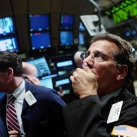 Brasil vive Fuga Recorde de Investidores Estrangeiros