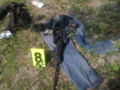 Cosas encontradas tras uno de tantos enfrentamientos que se registran en San Miguel Totolapan.