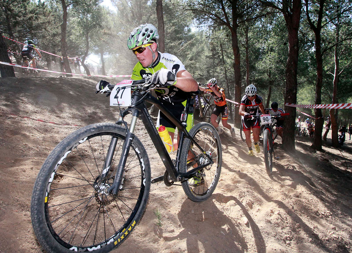 Mountain Bike. fotografía de deportes - Photogenic Agencia Gráfica