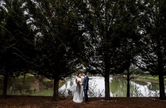 Bodas en Valladolid. María y Fernando en El Lago de Maito. ©Photogenic Agencia Gráfica