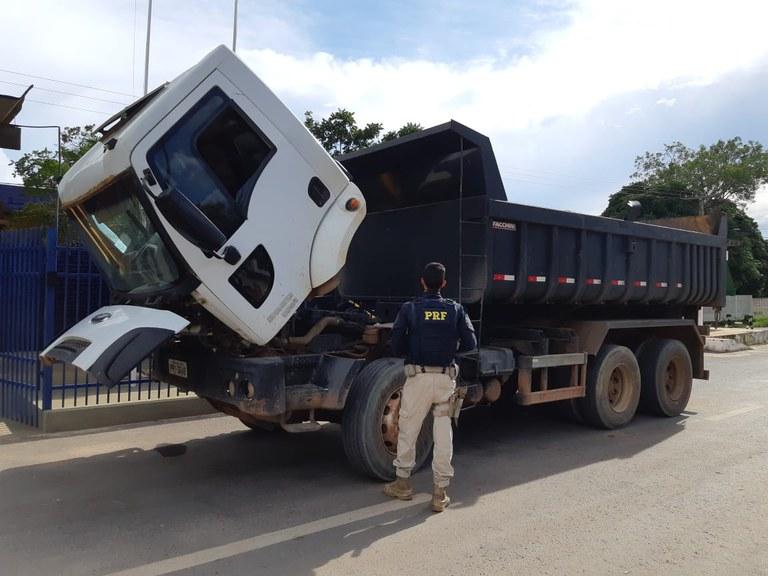 apreensão caminhão exército barreiras