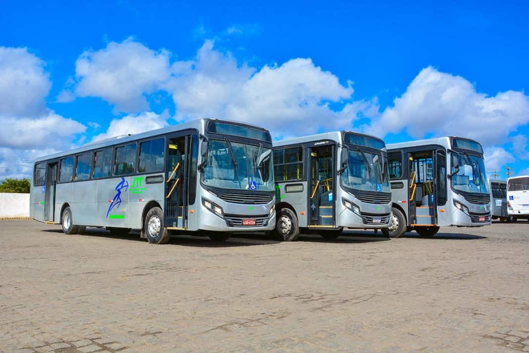 ônibus transporte coletivo Vitória da Conquista