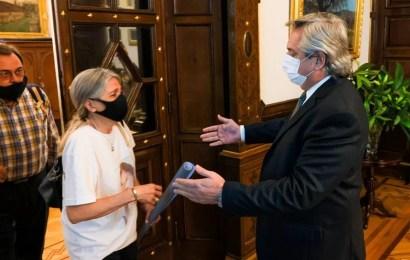 El Presidente recibió a los padres de Úrsula Bahillo y prometió viajar a Rojas
