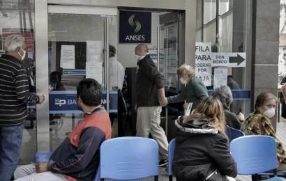 Las jubilaciones, pensiones y asignaciones aumentarán 12,39% en septiembre