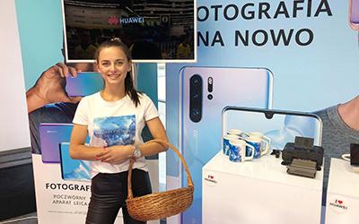 Profesjonalne hostessy w akcji promocyjnej marki Huawei