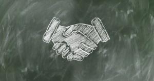 shaking hands 2499612 1920 2