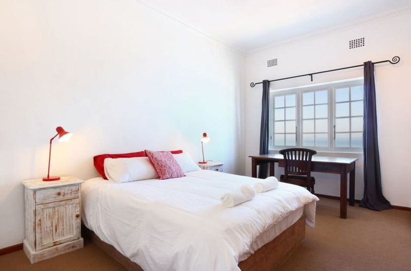Cozy Two Bedroom Self Catering Apartment St James