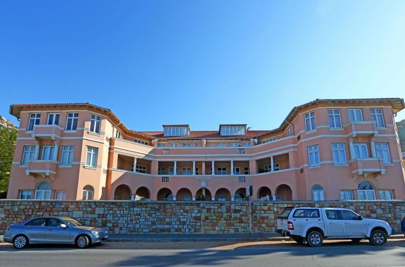 Majestic Kalk Bay Self Catering Two Bedroom Accommodation