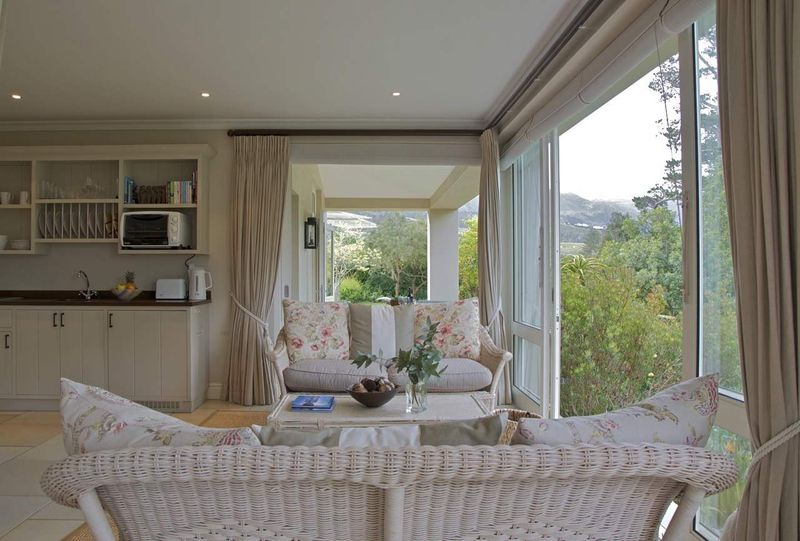 Luxury Two Bedroom Wine Farm Accommodation Cape Town