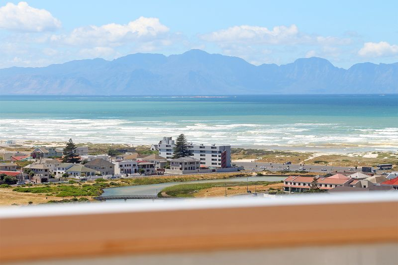 Muizenberg 3 Bedroom Self Catering Accommodation