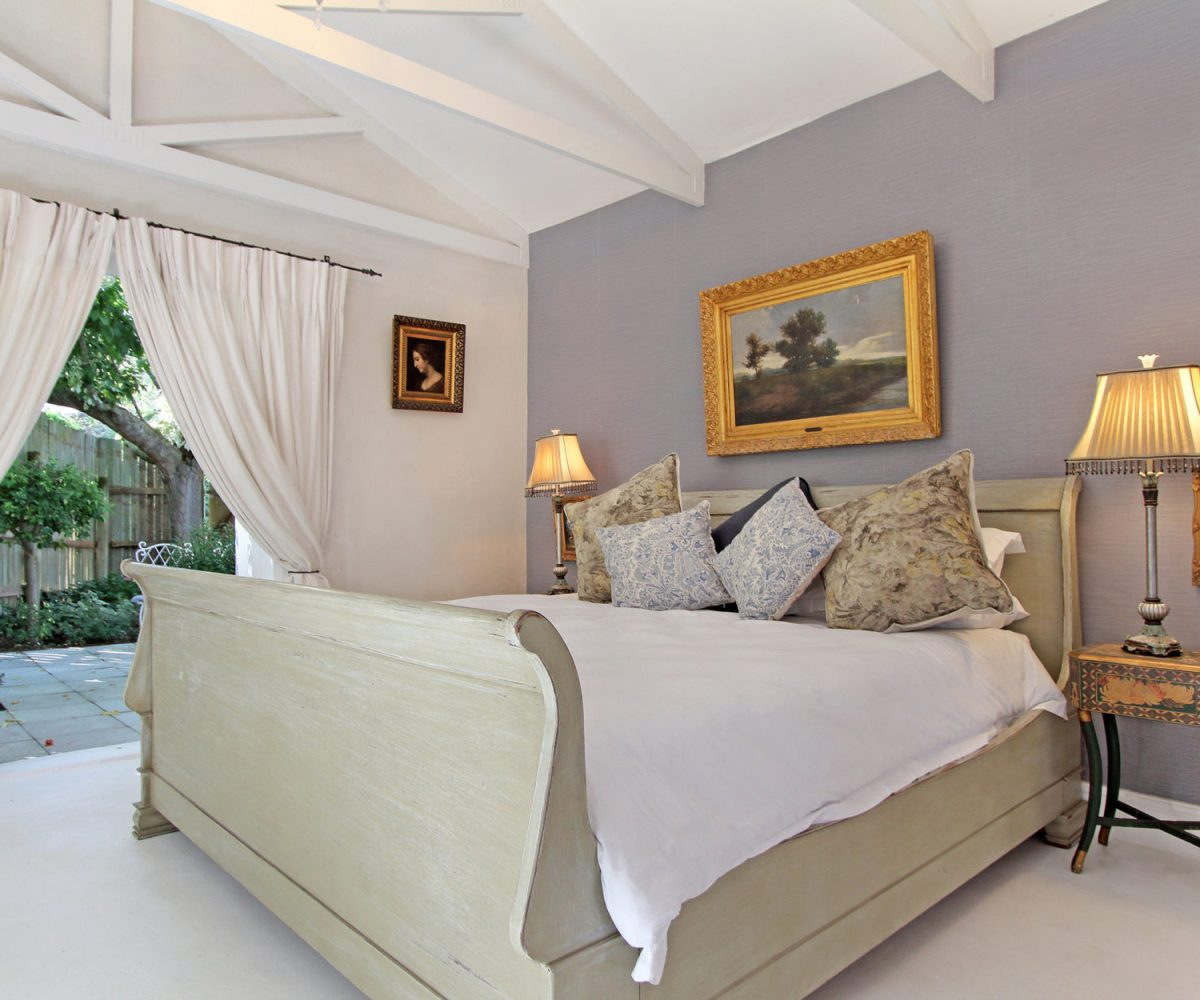 Airbnb Constantia Cape Town French Cottage Welgelee
