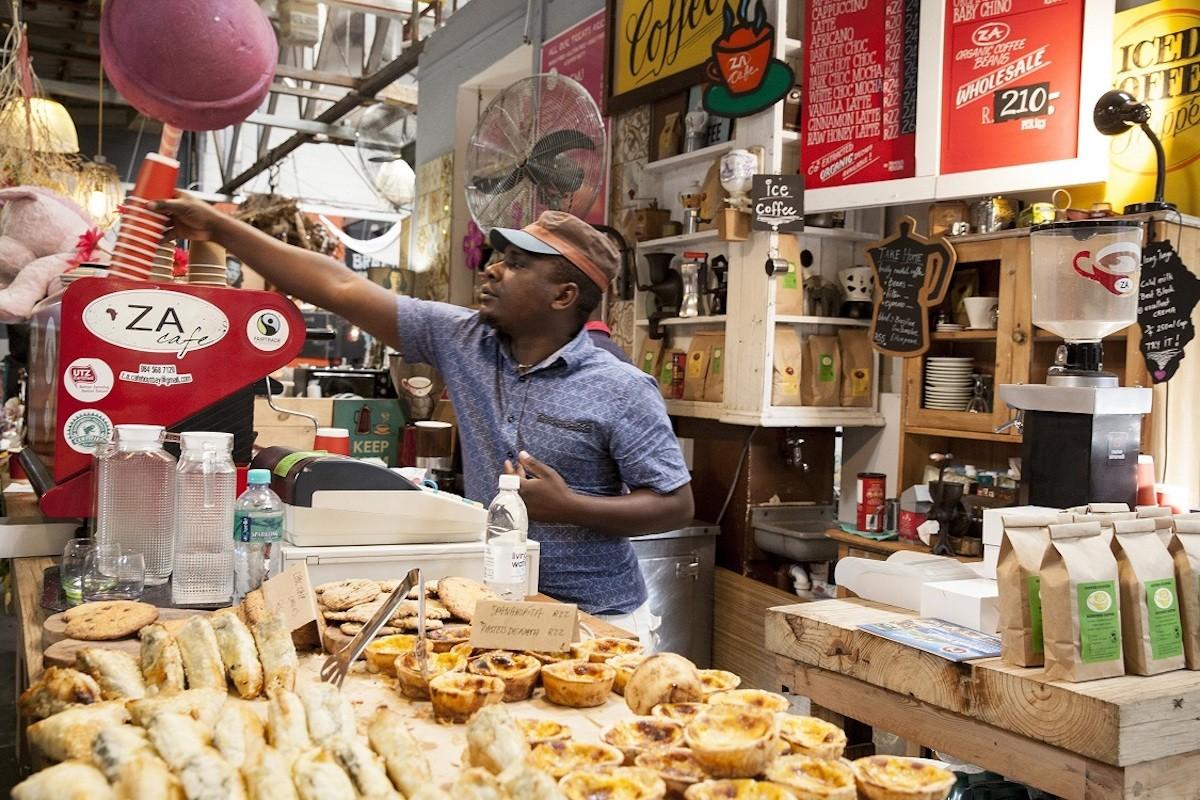 cape-town-farmers-markets-Hout-Bay-Harbour-Market