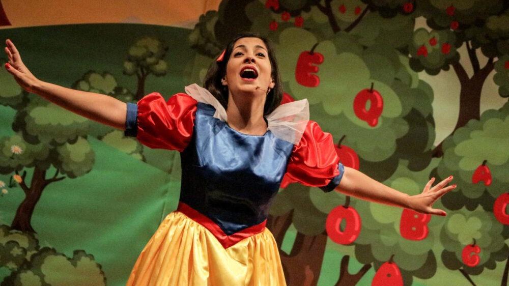 BRANCA DE NEVE - Musical | Teatro Sá da Bandeira
