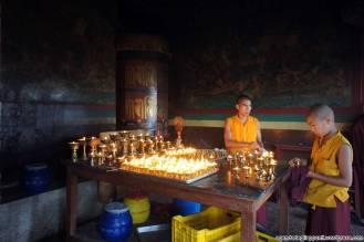 Giovani monaci al monastero di Pharping