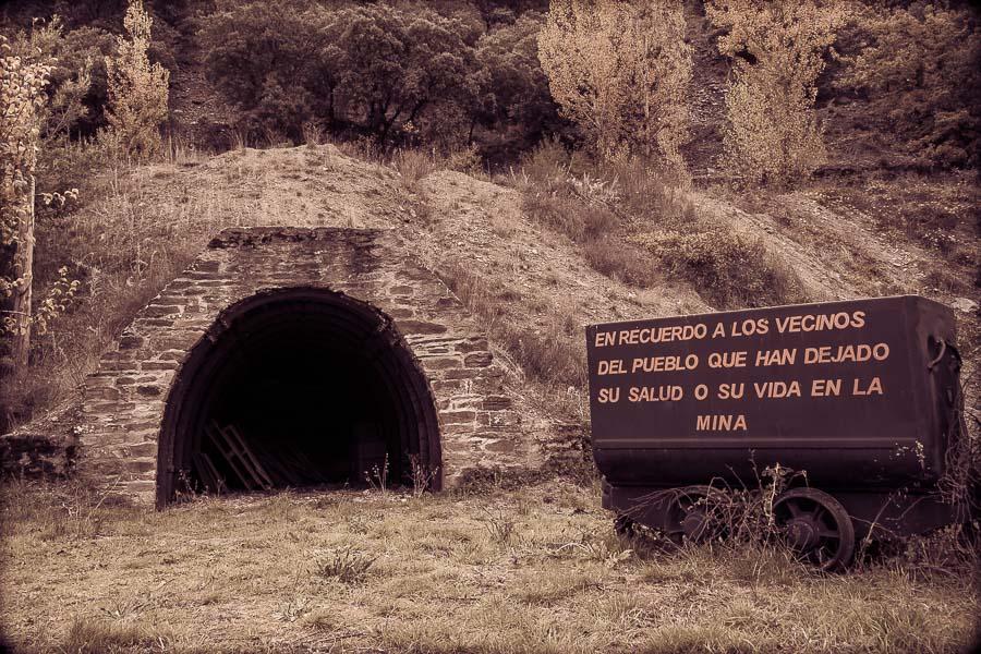 Minería pozo Santa Marina de Torre vagón