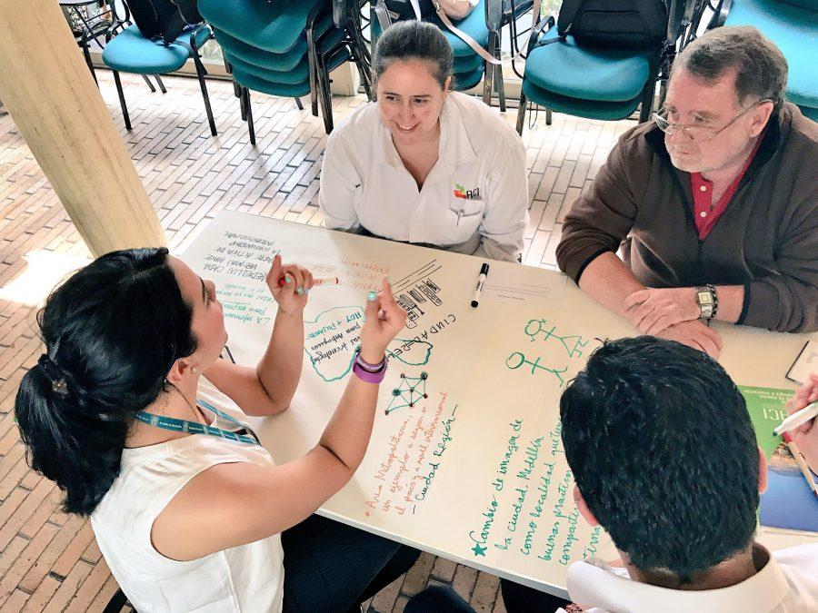 Laboratorio Medellín: Prácticas Vivas