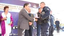Raúl Camacho continúa recorriendo colonias de Mineral de la Reforma 1