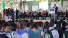 Raúl Camacho encabeza lunes cívico en escuelas de Mineral de la Reforma5
