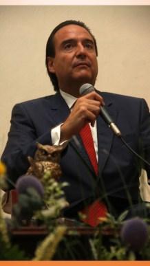 Urge constitución corta y clara Ángel Junquera en UAEH