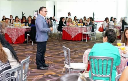 construyendo liderazgos de mujeres de alto impacto1