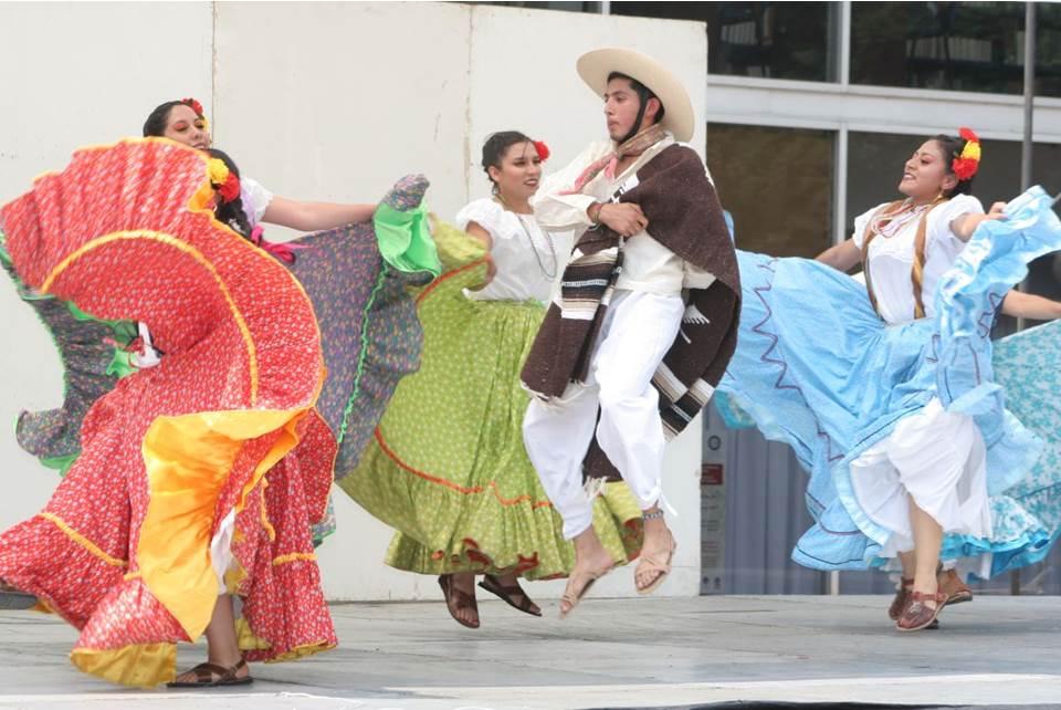 En Milagro En Hidalgo Despliegan En La Uam Colores